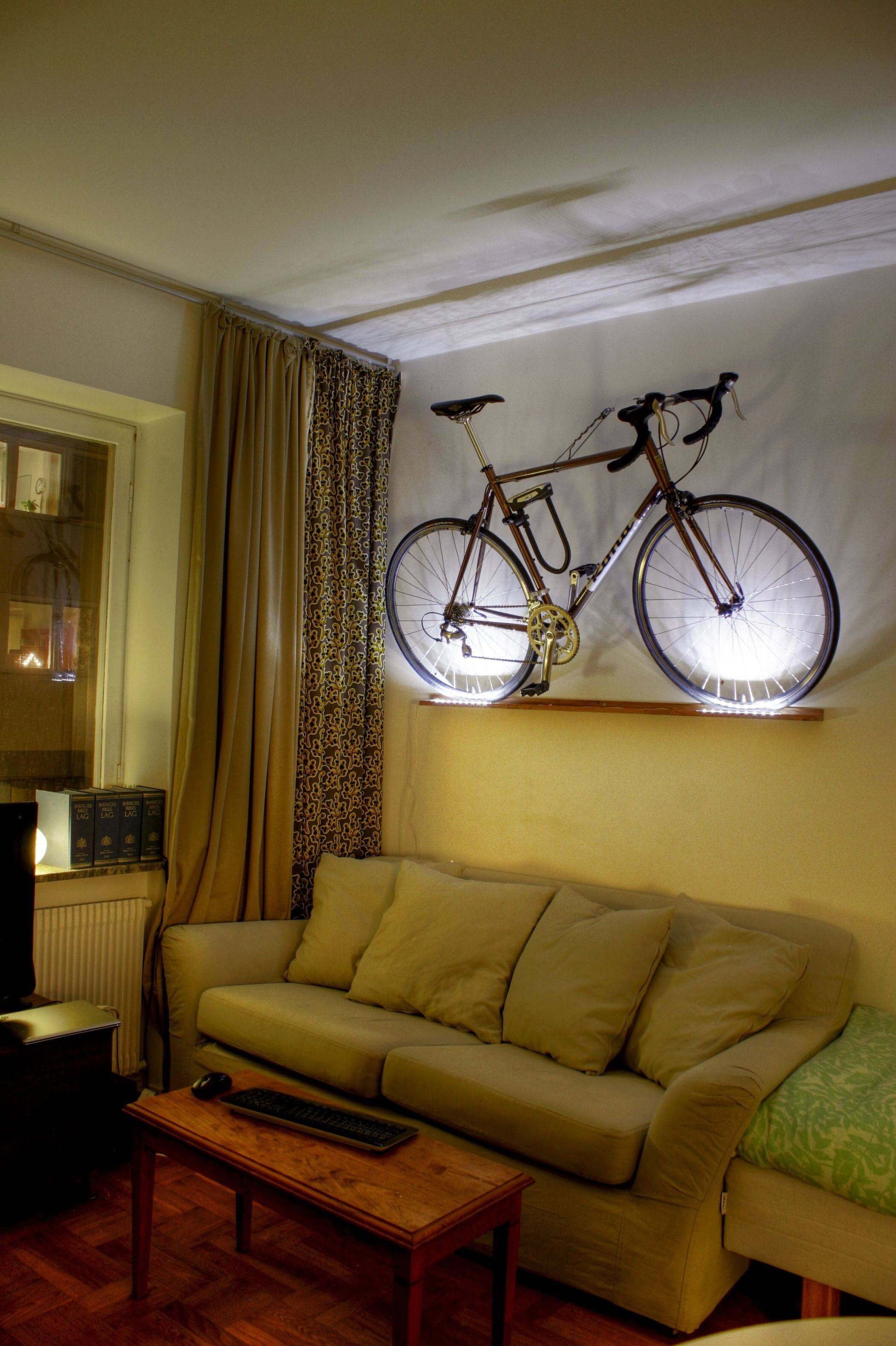 9 awesome tiny apartments apartment geeks - Small space bike storage decoration ...