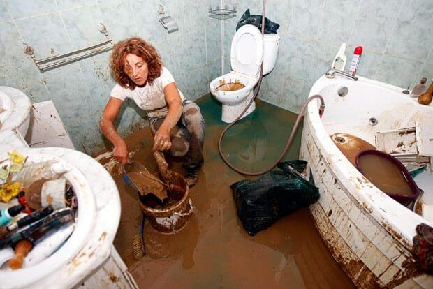 What To Do Toliet Floods