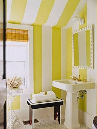 25 Cool Yellow Bathroom Design Ideas 14