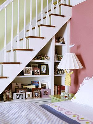 8-ideas-hidden-storage-around-the-house-Under-The-Stairs
