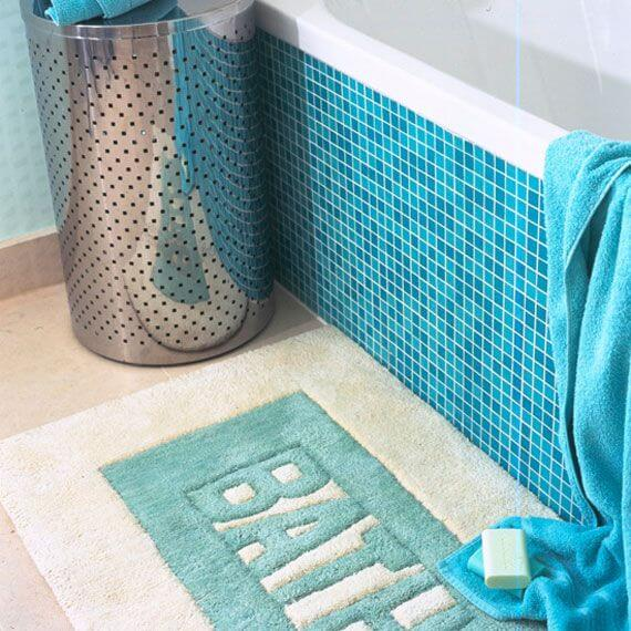Blue Aqua Small Bathroom decor mod