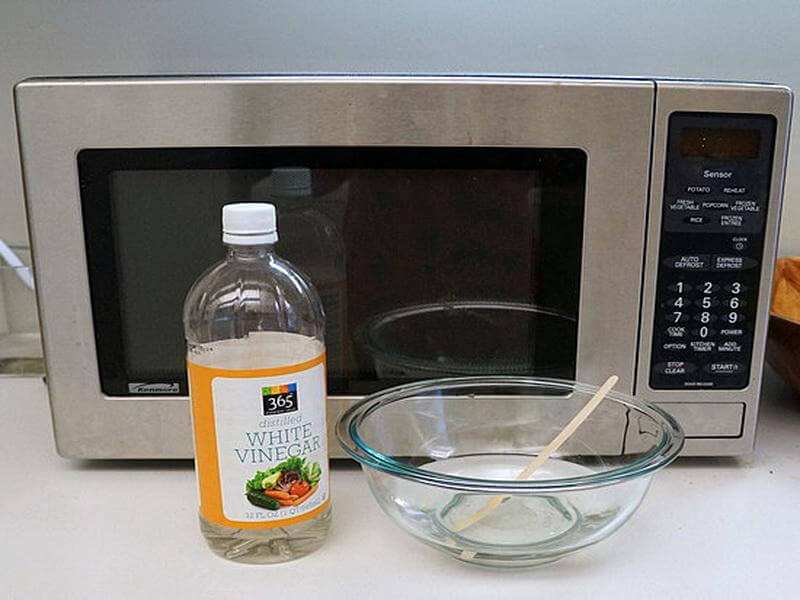 Use Vinegar to Clean the Microwave mod