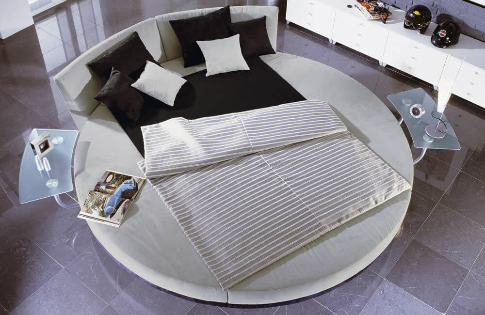Charming Round Bed