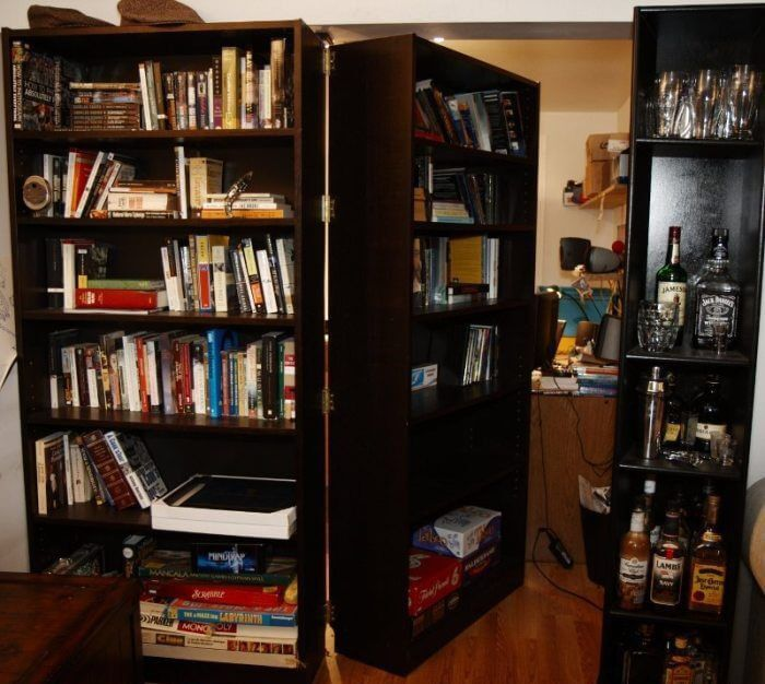 Turn a Bookshelf into a Secret Passage mod