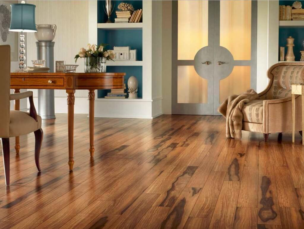 Hardwood Floors in a modern apartment