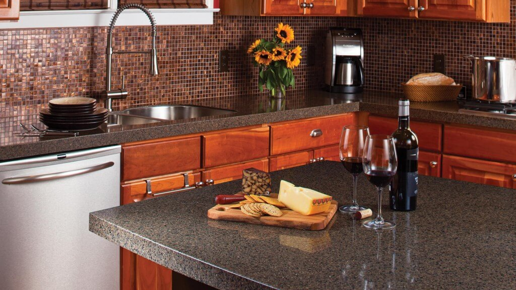countertops in a small kitchen. Interior Design Ideas. Home Design Ideas