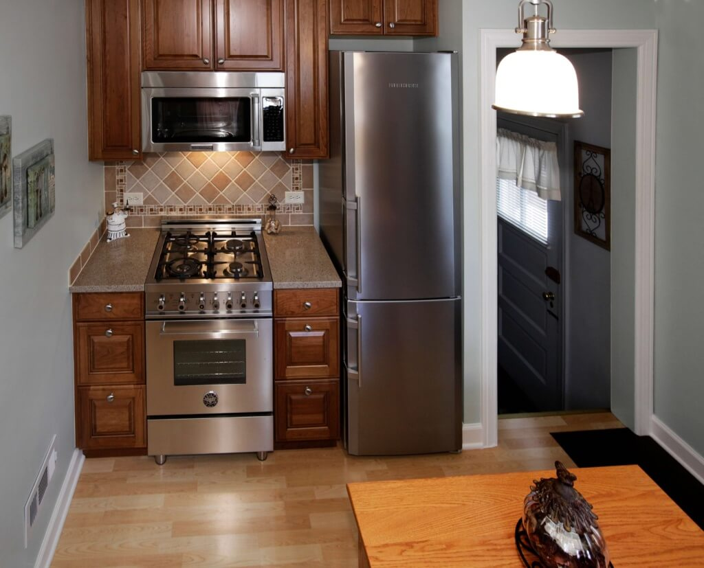 New Appliances in a Small Kitchen